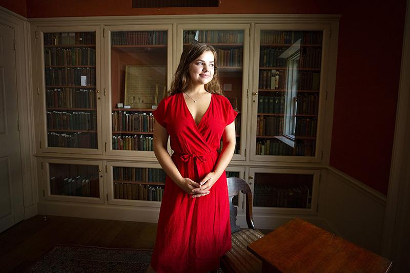 """Elizabeth Propst '22 is working on a project """"Poetry in America"""" with Professor Elisa New for her undergraduate summer research fellowship."""