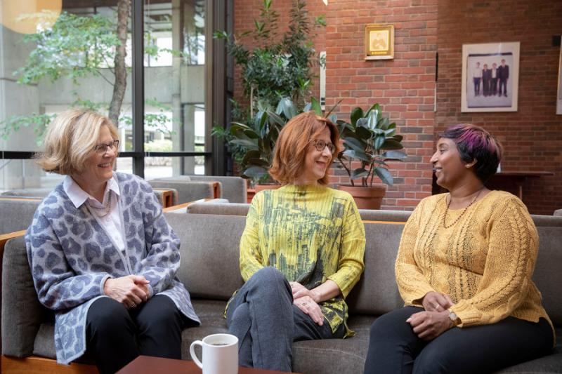 Barbara Lewis, Catherine Shapiro, and Sindhu Revuluri sit and discuss the benefits of the new Academic Resource Center.