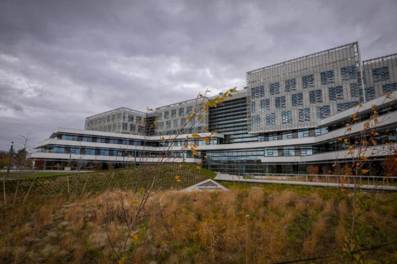 A photo of the new Science and Engineering Complex in Allston.