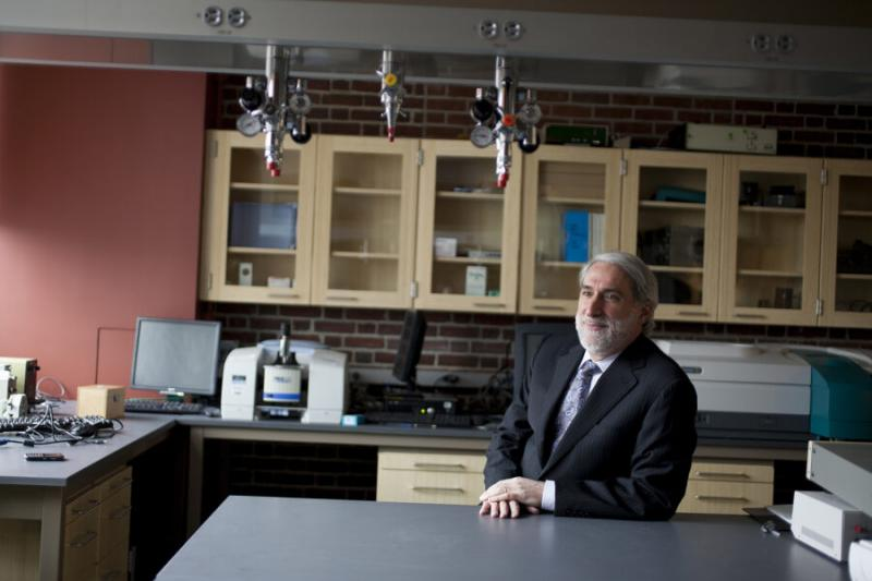 Patterson Rockwood Professor of Energy Daniel Nocera.