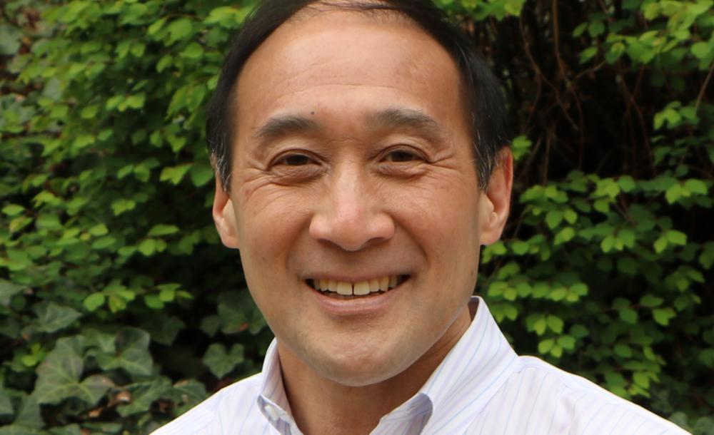 A portrait of professor Richard Lee.