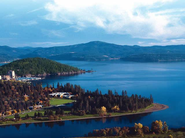 View of mountains and lake in Cocur d'Alene, Idaho